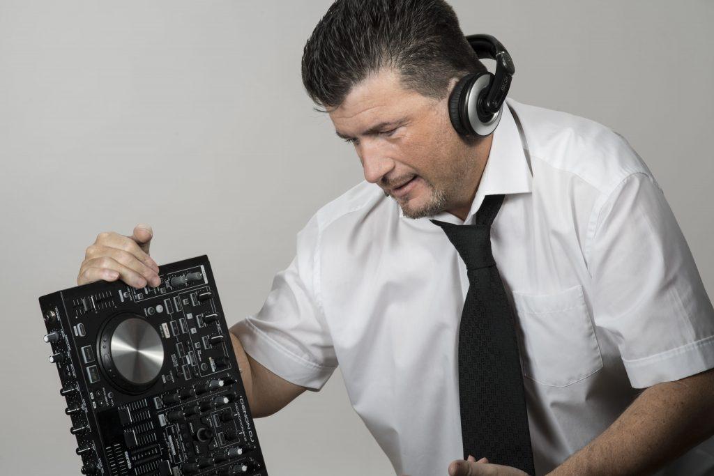 DJ Elvis - Hochzeits DJ in Heringen